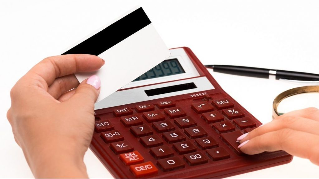 Set a Clear Shopping Budget